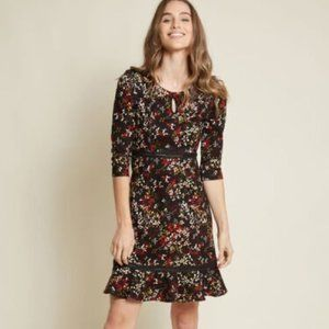 ModCloth Floral Print Boho Knit Dress Size Small